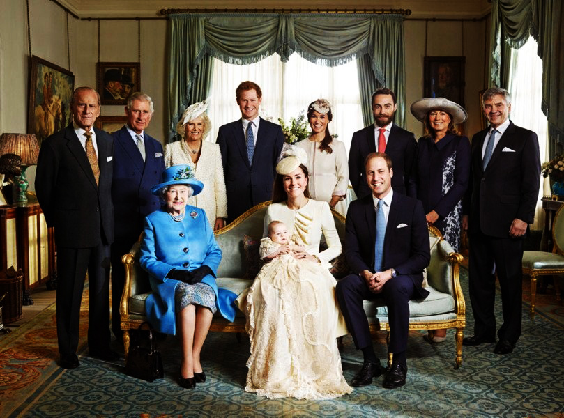 هاكر يستولى على آلاف الصور الخاصة بالعائلة المالكة في بريطانياØ« عنه