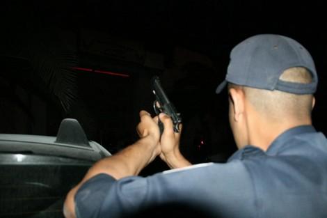 كازا.. شرطي يطلق الرصاص لتوقيف 4 عناصر عصابةØ« عنه