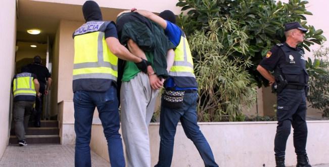 """اعتقال عشريني يجند مقاتلين لفائدة """"داعش"""" بمليليةØ« عنه"""