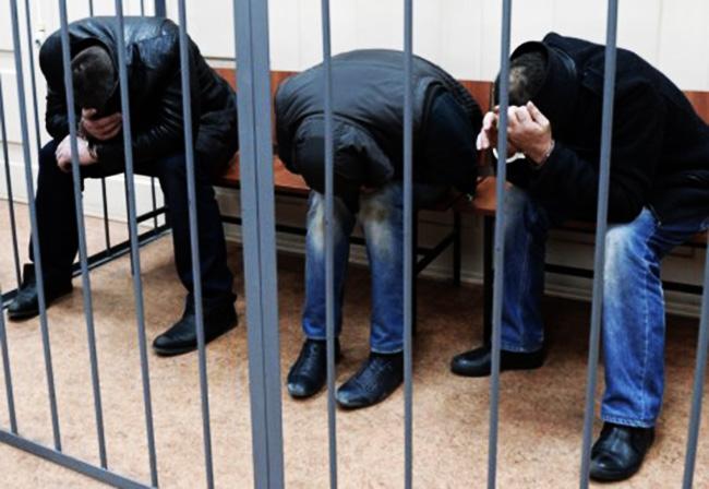 اعتقال 3 متورطين بالهجوم على وحدة صناعية بالداخلةØ« عنه