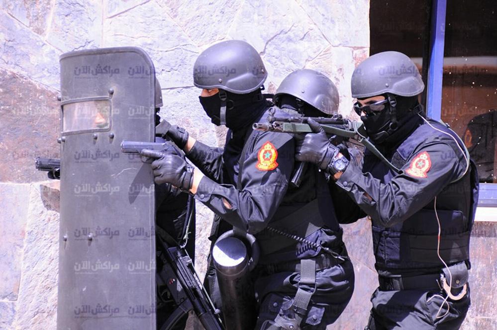 Moroccan Special Forces/Forces spéciales marocaines  :Videos et Photos : BCIJ, Gendarmerie Royale ,  - Page 14 31590624_1049972748474137_7043683139226435584_n-copie