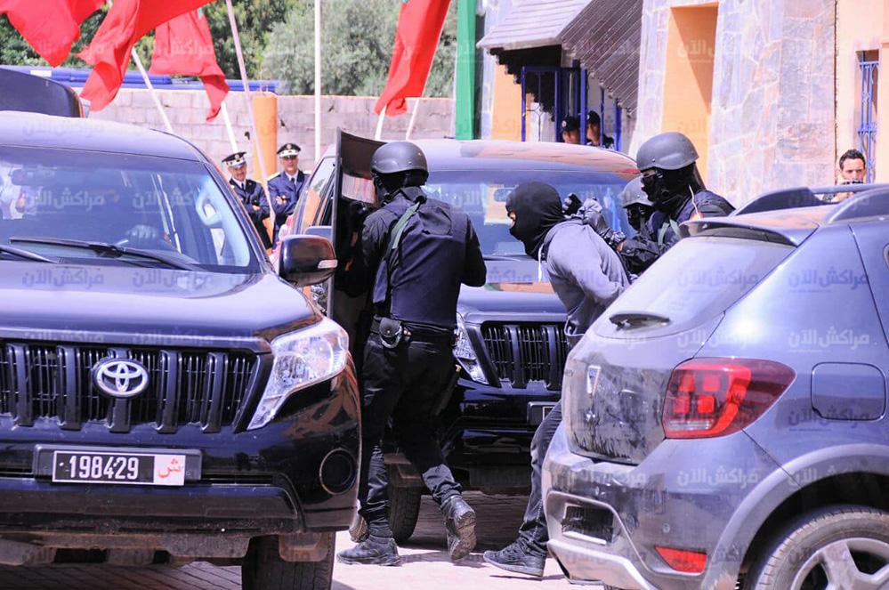 Moroccan Special Forces/Forces spéciales marocaines  :Videos et Photos : BCIJ, Gendarmerie Royale ,  - Page 14 32367749_1049974241807321_7954653158771261440_n-copie