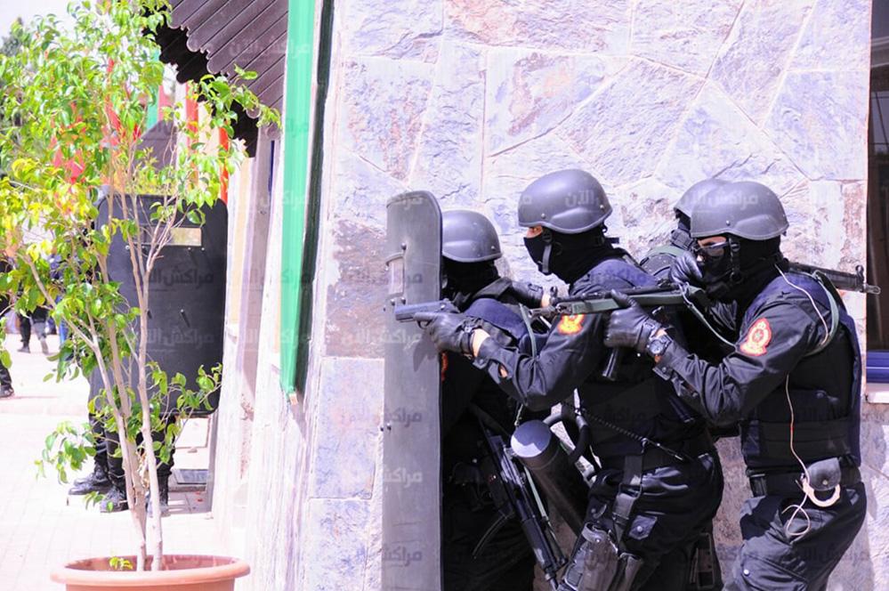Moroccan Special Forces/Forces spéciales marocaines  :Videos et Photos : BCIJ, Gendarmerie Royale ,  - Page 14 32549703_1049971341807611_8780236277829074944_n-copie