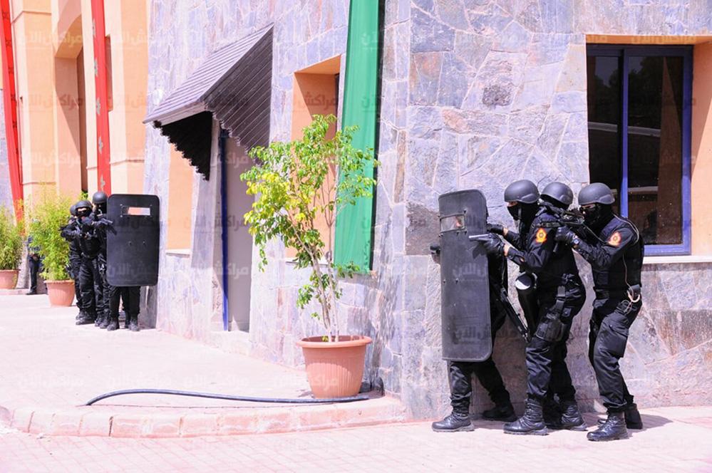 Moroccan Special Forces/Forces spéciales marocaines  :Videos et Photos : BCIJ, Gendarmerie Royale ,  - Page 14 32693295_1049971511807594_1008439436129599488_n-copie