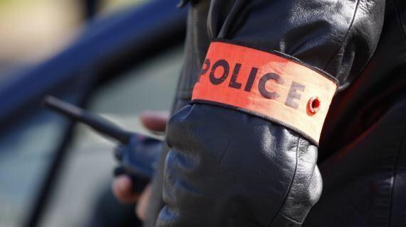 حقيقة منع شرطي لشخص من الصلاة قرب مؤسسة أجنبيةØ« عنه